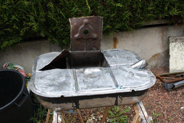 Ma peugeot 203 de 1955 nettoyage du r servoir - Nettoyer un meuble vernis au tampon ...